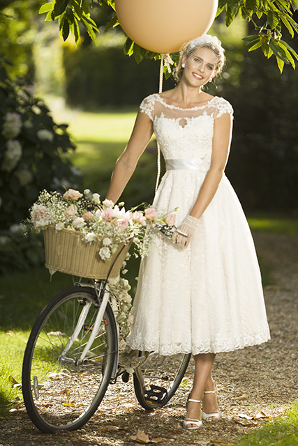Vintage style clothes brighton  Designer Wedding & Bridesmaids Dresses, Vintage Tea Length ...